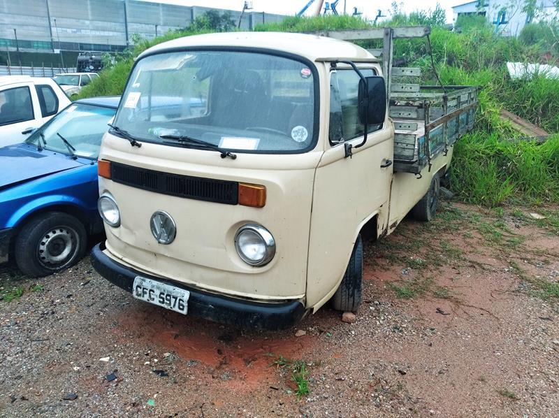 VW/KOMBI - 89/89 - SUCATA